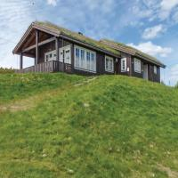 Four-Bedroom Holiday Home in Nord-Fron
