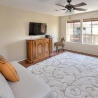 Luxurious vacation townhome close to Disneyland