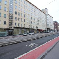 Spacious top-floor studio apartment with excellent location near Helsinki city center (ID 8067)
