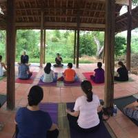 Xứ Sở La Vie Est Belle-Yoga & Vegan