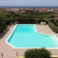 Beautiful T4 apartment located in a complex with swimming pool 150 meters from the sea