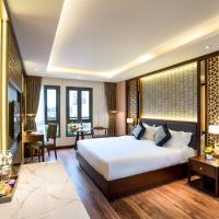 Conifer Grand Hotel
