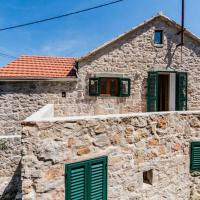 Apartments with a parking space Dol (Hvar) - 14643