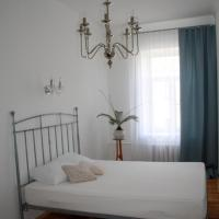 Room on Nevsky 172/1
