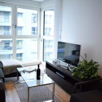Modern 1-Bedroom Flat with Stunning London View
