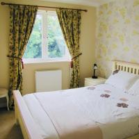 Lovely double bedroom in a shared house near Stirling