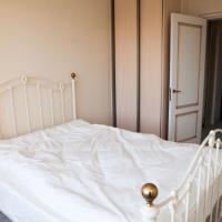 Apartment on Khoromnyy Tupik 2/6