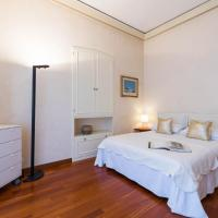 Villa Eugenia - Luxury Flat with Parking Space