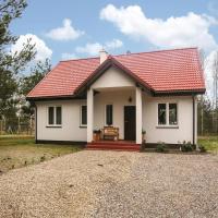 Three-Bedroom Holiday Home in Swietajno
