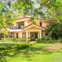 Papagayo Hotel & Villas