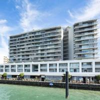 Harbourlights Luxury Unit - Stunning Marina Views