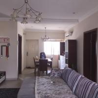 Dee's Apartment
