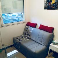 Studio aménagé + parking