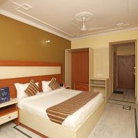 OYO 9948 Hotel Apple Pie
