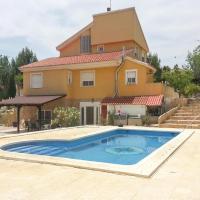 Five-Bedroom Holiday Home in Molina de Segura