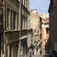 Lyon Historic Town Apartment