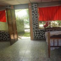 Hostal Cabinas Las Brisas