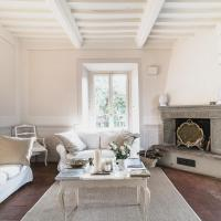 Luxury villas in Chianti