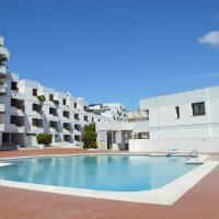 Amazing Beach & Pool Apartment with Garden