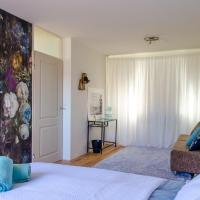 B&B Almere - Spacious room in green environment