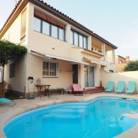 Casa con piscina en la Costa Brava. Closets