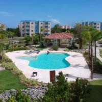 Luxe Tropical Oasis Condo