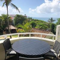 Sunshine Beach Luxe Apartment