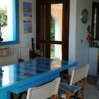 Villa con Piscina e Vista Unica su Porto Taverna