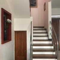 DPlatinum House