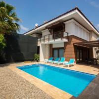 Luxury Villa Evre 2