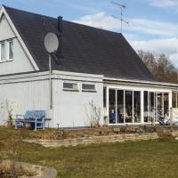 Three-Bedroom Holiday Home in Oxelosund