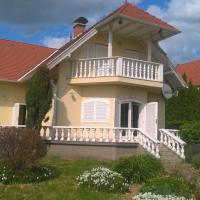 Villa Balaton, ganze Villa