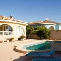 House in Quesada with swiming pool