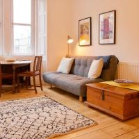 1 Bedroom Flat near Holyrood Park - Sleeps 4