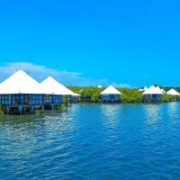 BeeJay Bakau Resort