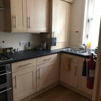 Modern 3 bedroom flat in town centre.