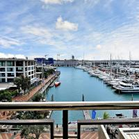 Viaduct Harbour Beauty with Balcony