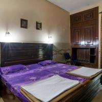 1 BR Bed & Breakfast in Safdarjung Enclave, New Delhi (9CE7), by GuestHouser