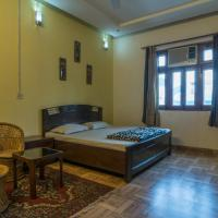 1 BR Bed & Breakfast in Jangpura extention, New Delhi (8AF7), by GuestHouser