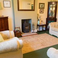Cosy cottage with log burning stove in the heart of Teesdale