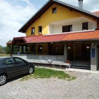 Apartments & Rooms Ramljak