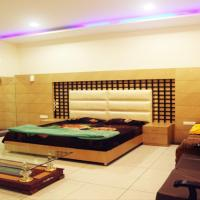 1 BR Guest house in Thakur Colony, Ludhiana (EEDE), by GuestHouser