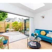 Charming brand-new house in Cambridge - sleeps 6