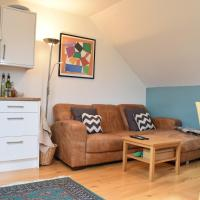 Modern 2 Bedroom Maisonette