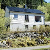 Four-Bedroom Holiday Home in Eivindvik