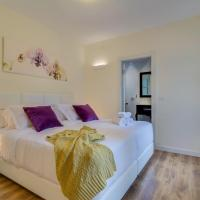 Luxury 4 Bedroom, Spacious and Central Apartment!