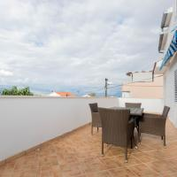 New sunny apartment for 4 with terrace & sea view