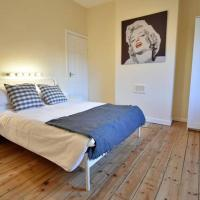 *Coventry University 1 Mile Away- 4 Bedrooms