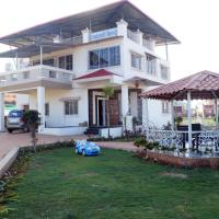 Farmhouse with a garden in Mahabaleshwar, by GuestHouser 61953
