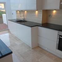 Modern 5 Bedroom House in Hendon